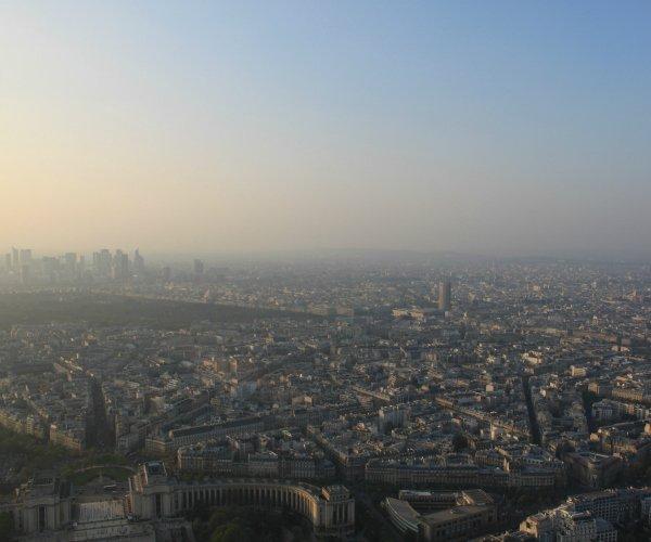 Вид с последнего этажа Эйфелевой башни